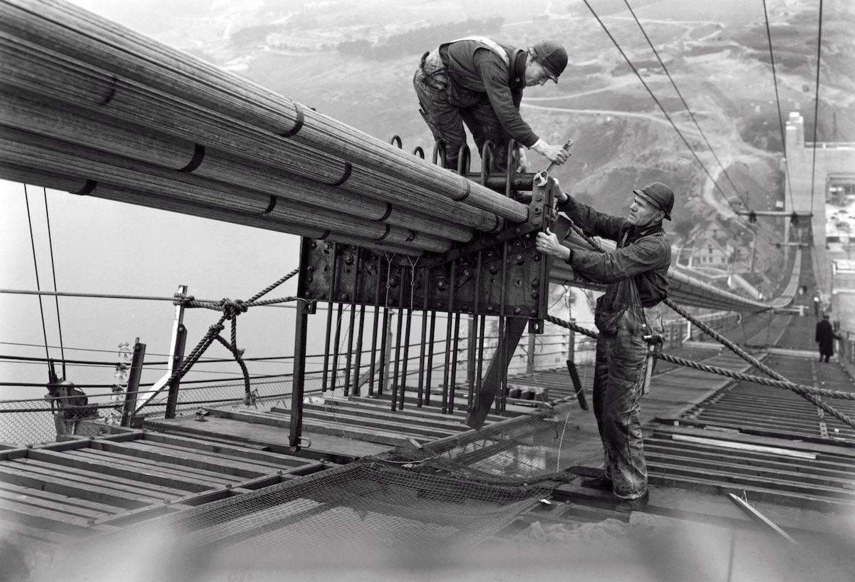 1936 - Vista dos trabalhadores na construção dos cabos